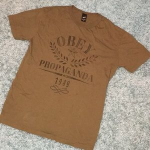 Men's medium tee shirt